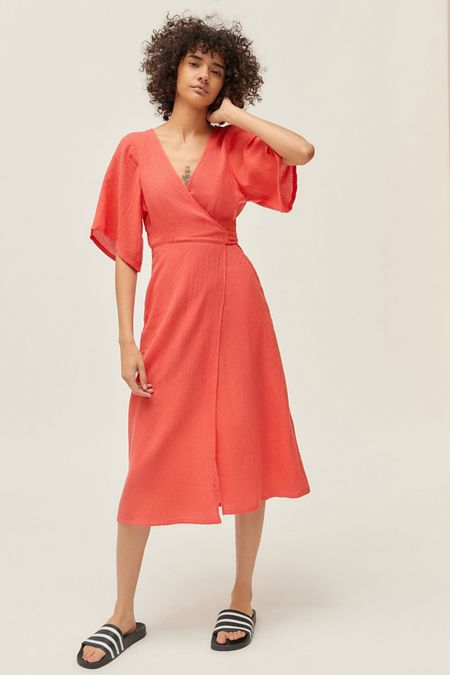 f013a34137035 Midi + Maxi Dresses | Urban Outfitters