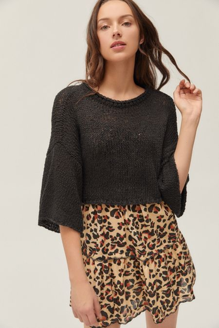 b1285345fc1 UO Cape Oversized Cropped Sweater