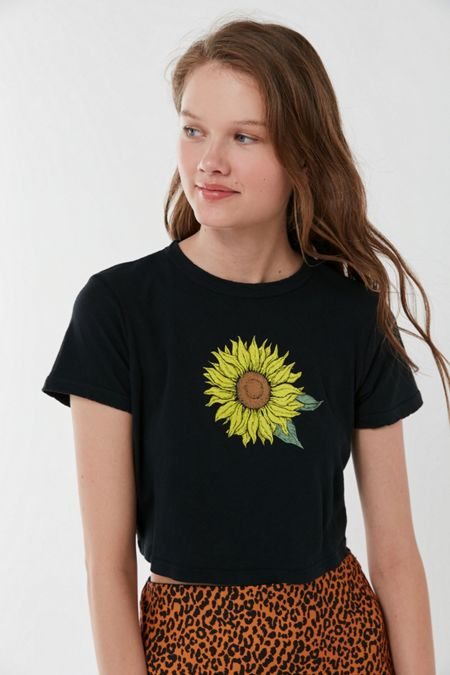 3fb0fd593205dc Future State Sunflower Shrunken Tee