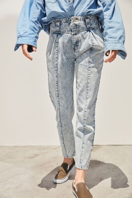 4ae87f162e5ab2 BDG Olivia High-Rise Tapered Jean – Acid Wash