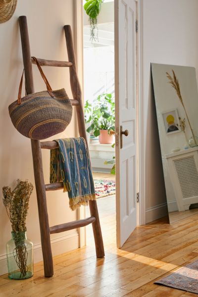 Leaning Blanket Ladder Urban Outfitters
