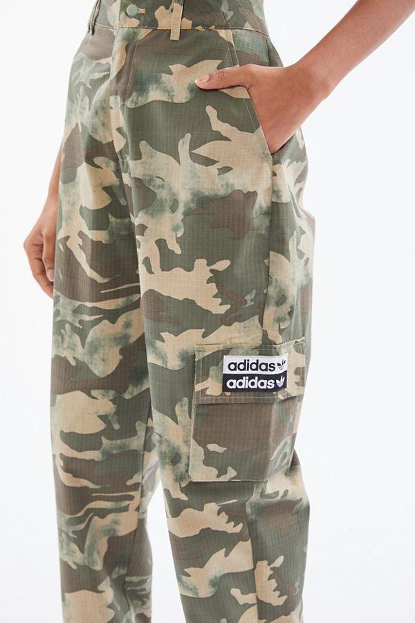 Pantalon cargo en tissu indéchirable à imprimé camouflage Adidas