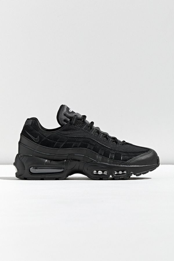 Nike Air Max 95 Essential Sneaker | Urban Outfitters