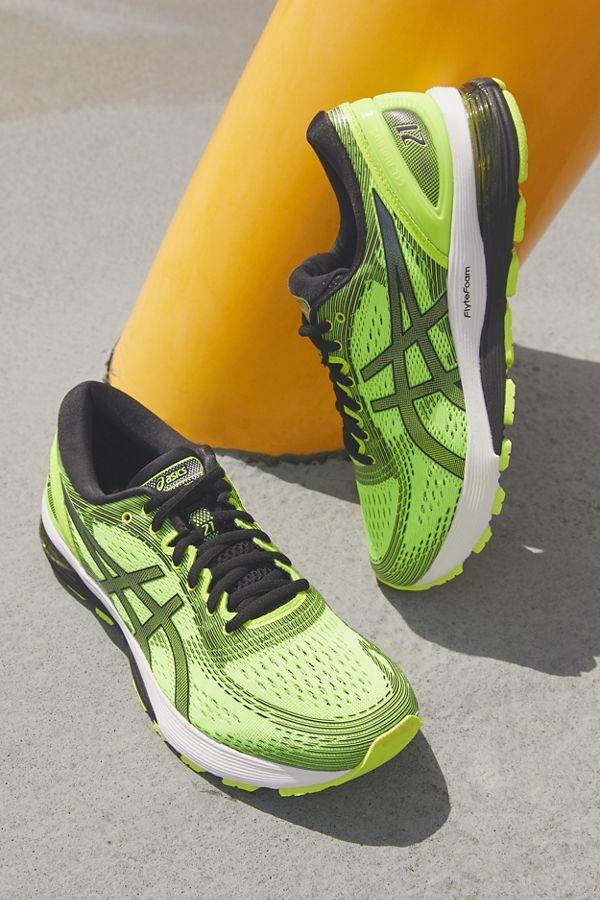 brand new meet well known Asics GEL-Nimbus 21 Sneaker