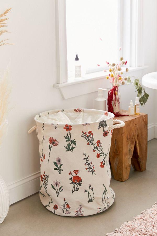 Slide View: 1: Georgina Floral Laundry Bag