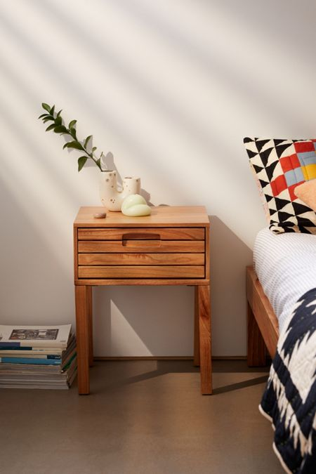 Poltrone Da Camino Moderne.Home Apartment Furniture Urban Outfitters