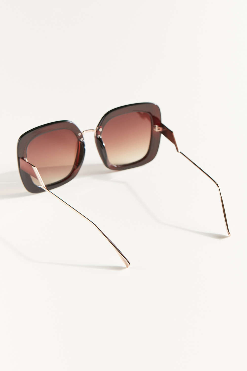 Deirdre Oversized Sunglasses by Urban Outfitters