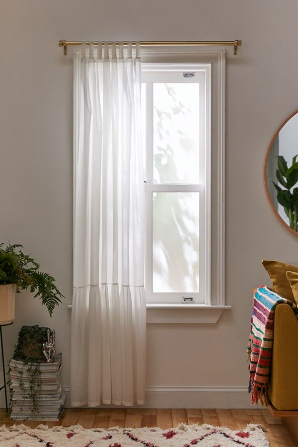 Slide View: 1: Evie Oversized Ruffle Window Panel