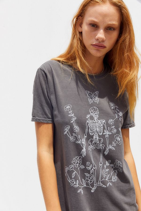 T Shirt Skeleton Garden Project Social T by Voir Plus De Project Social T