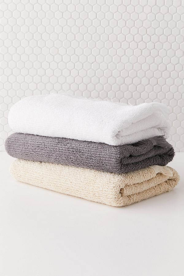 Slide View: 4: Fringe Trim Bath Towel