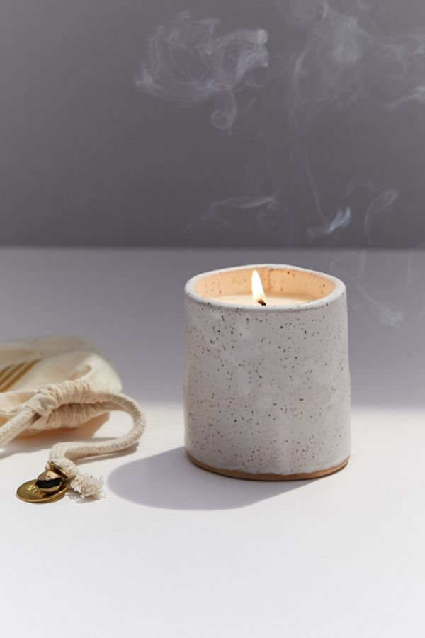 Slide View: 1: Catherine Rising Candle