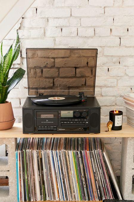 bärbar vinylspelare urban outfitters