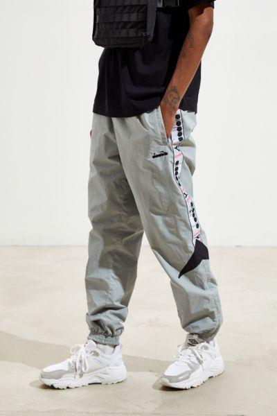 b4c97b1c062e9 Men's Track Pants + Joggers | Urban Outfitters