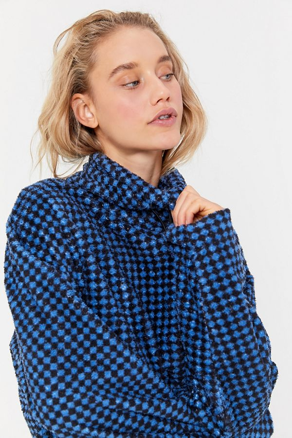 Uo Tori Fleece Toggle Turtleneck Sweatshirt by Urban Outfitters