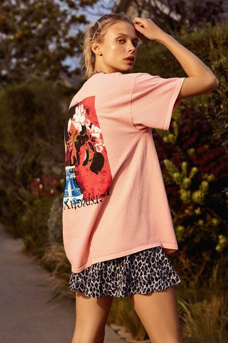 17ea319557e63 Graphic Tees for Women | Urban Outfitters