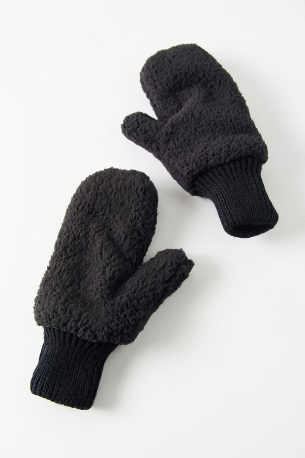 Uo Teddy Mitten by Urban Outfitters