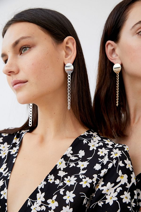 Beau Chunky Chain Drop Earring by Urban Outfitters