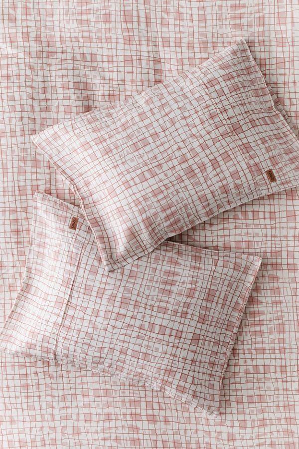Slide View: 1: Kip&Co Scribble Tartan Pillowcase Set