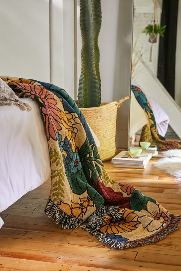 Slide View: 2: Valley Cruise Press Bloom Woven Throw Blanket