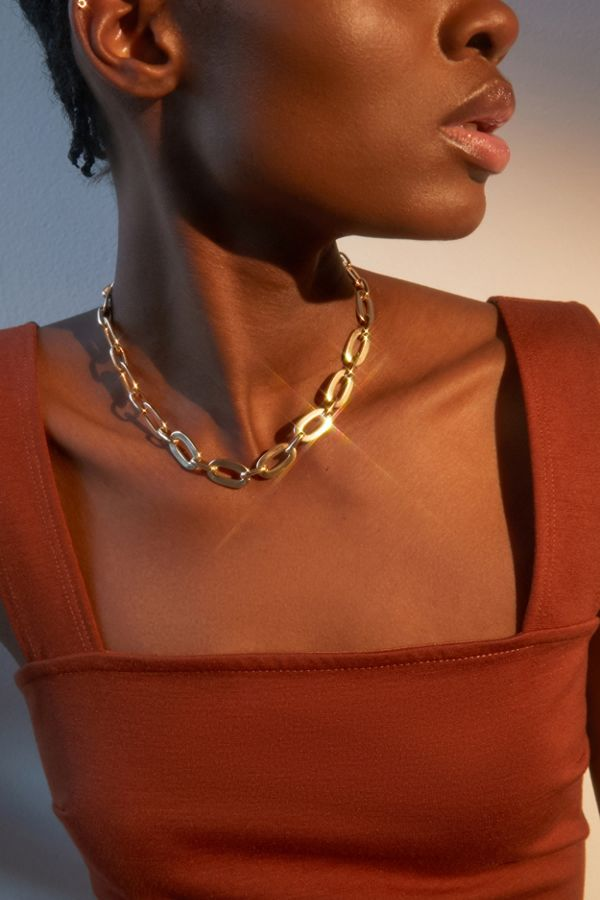 Chunky Oval Chain Necklace by Urban Outfitters