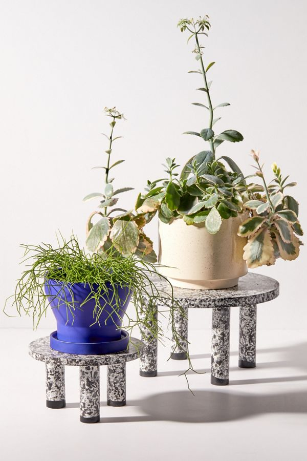 Slide View: 1: Body Language Shop UO Exclusive Painted Plant Stand