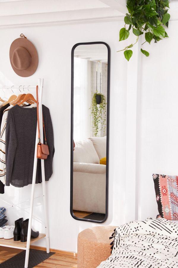 Slide View: 1: Hub Mirror