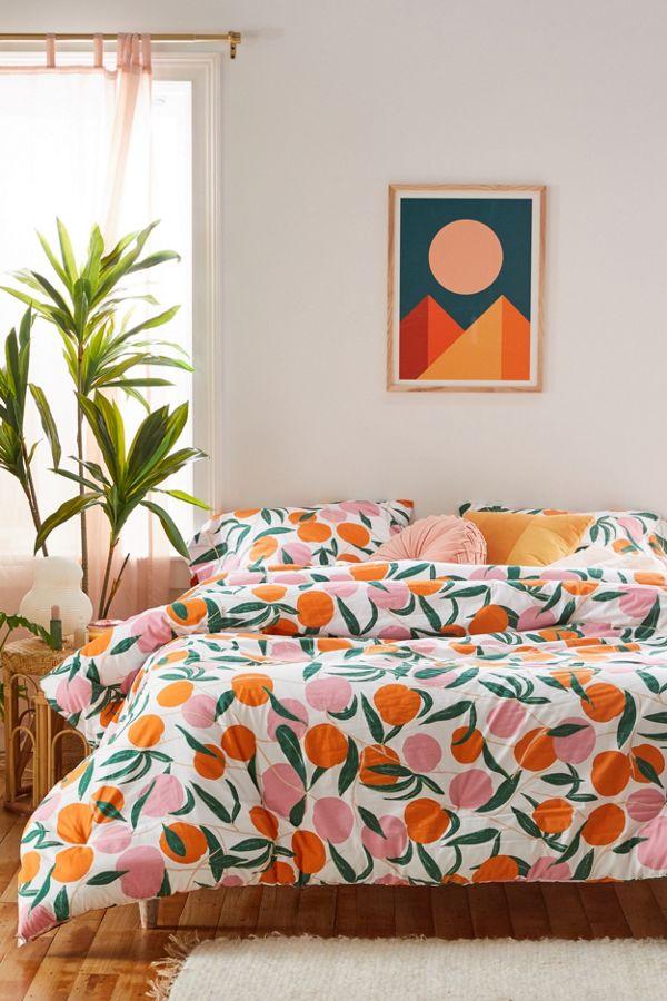 Slide View: 1: Peaches Comforter Set