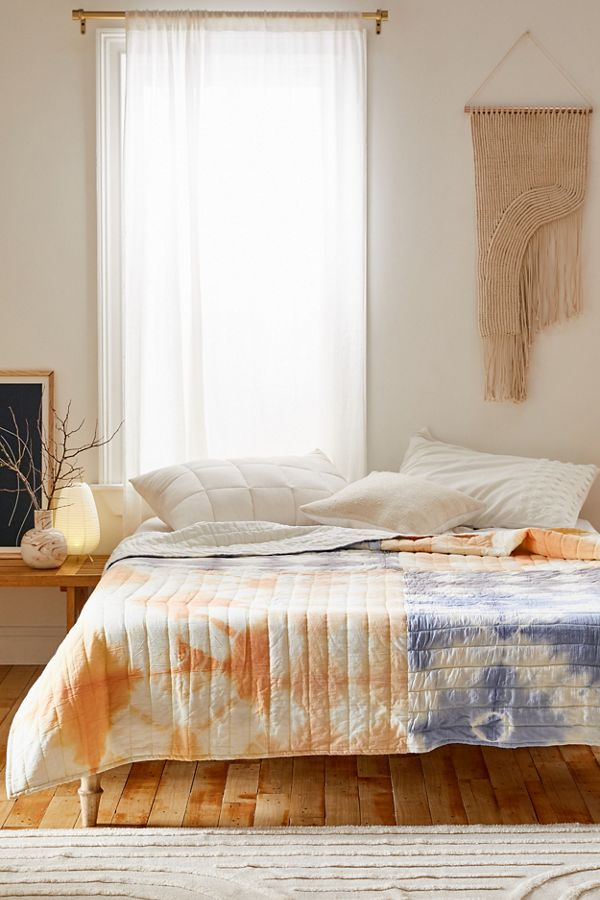 Slide View: 1: Janis Tie-Dye Quilt