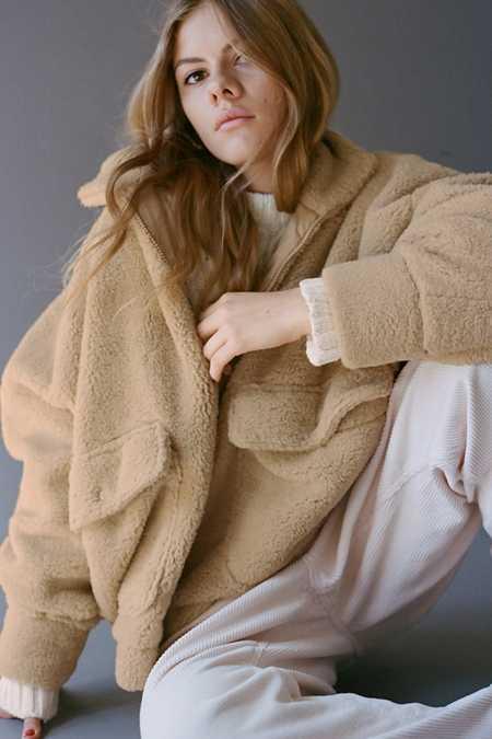 어반아웃피터스 인조 퍼 자켓 Urban Outfitters UO Sheila Faux Fur Jacket