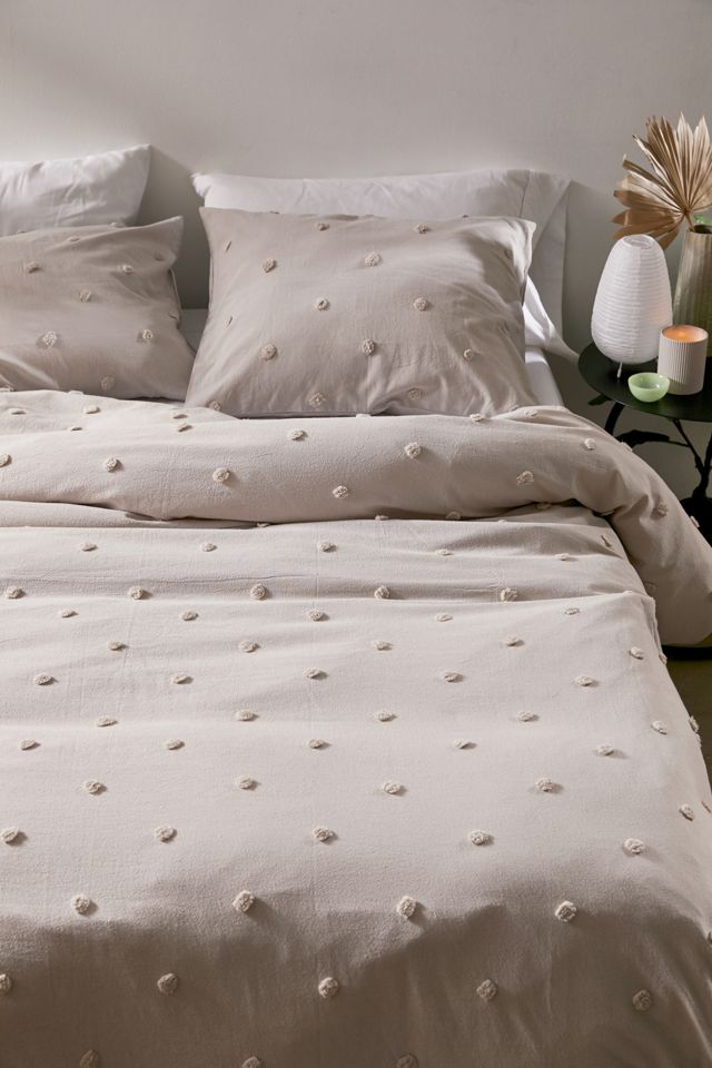 Layla Tufted Dot Duvet Cover Urban Outfitters