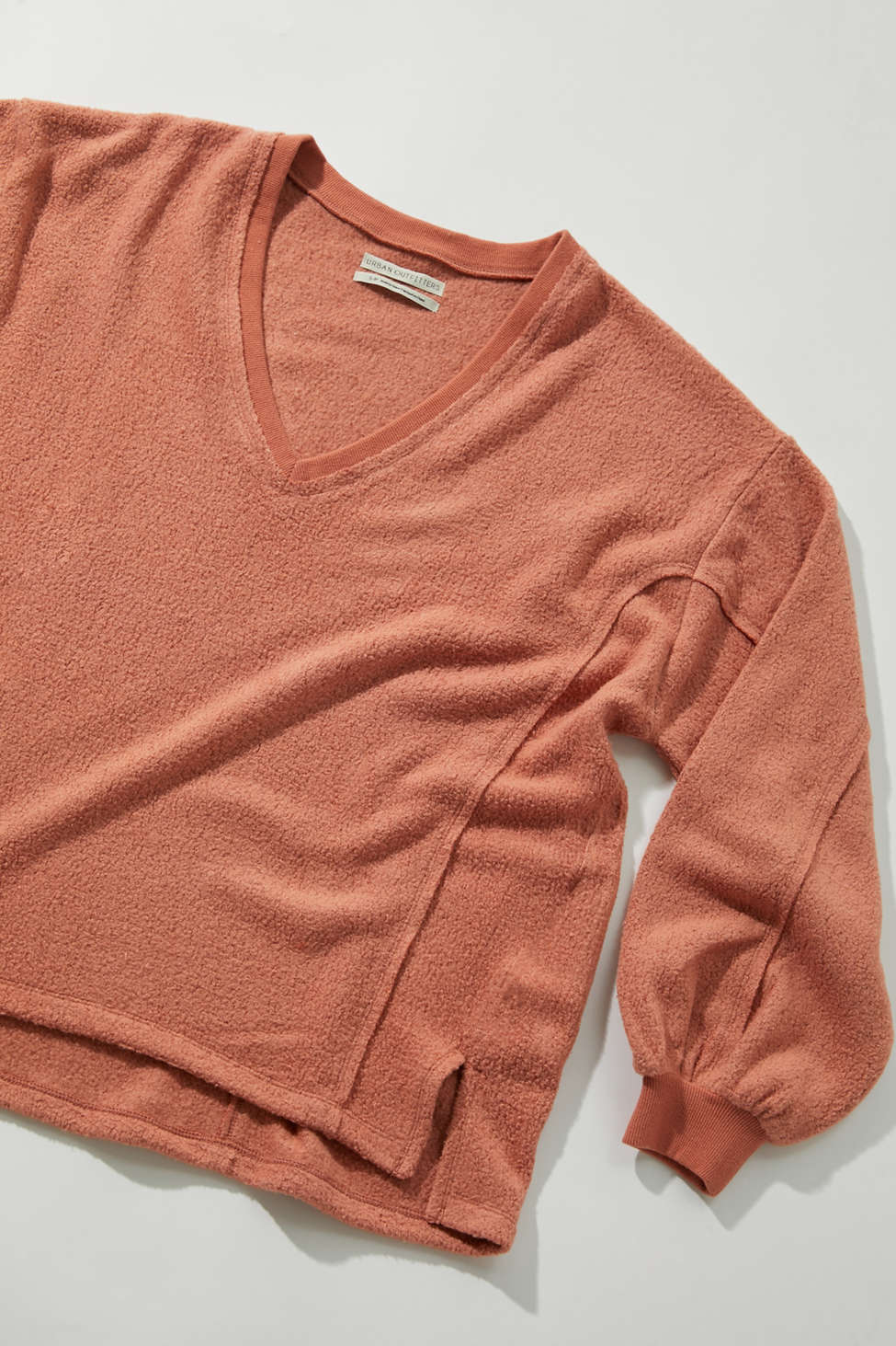 UO Lillu V-Neck Pullover Top | Urban Outfitters