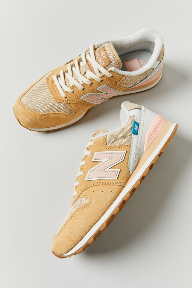 New Balance 996 Women's Sneaker
