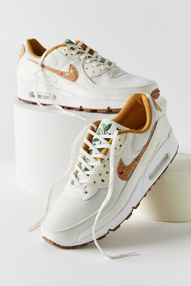 Nike Air Max 90 SE Sustainable Sneaker | Urban Outfitters