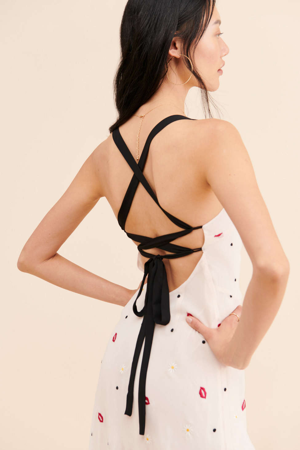 Finders Keepers Chi Chi Dress | Urban Outfitters