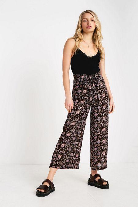 bdc4b8cc219a UO Black Floral Wrap Pant