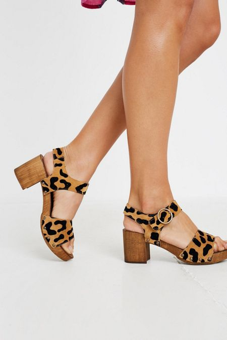 6875a9bc1 UO Alana Wood + Leather Leopard Print Sandal