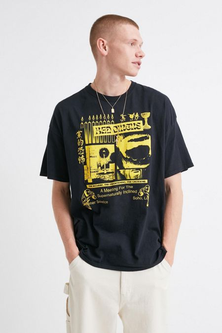 d92b3e2a New Men's T-Shirts + Tops | Urban Outfitters