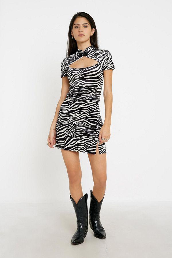 Uo Velvet Zebra Notch Mini Skirt by Urban Outfitters