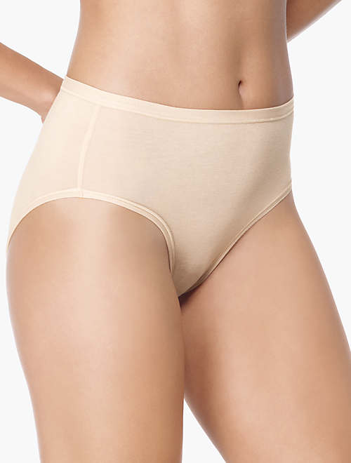 b-fitting Hi-Cut Brief