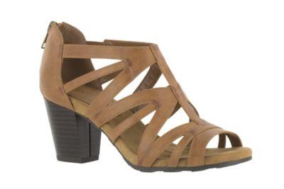 acb8b025799c Easy Street Amaze Sandal - Medium