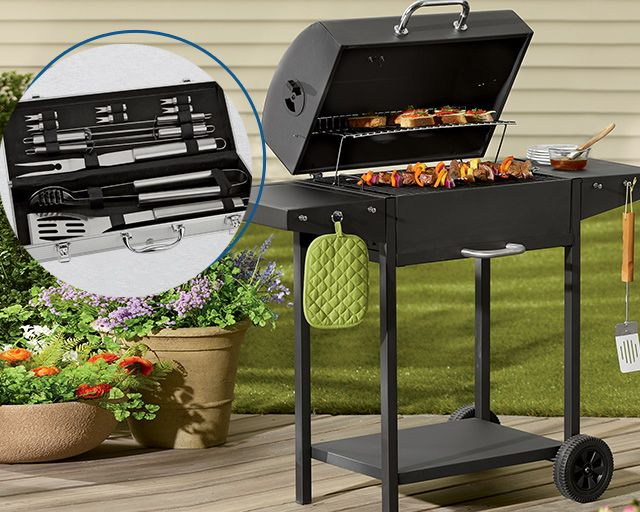 free figt with purchase of select grills