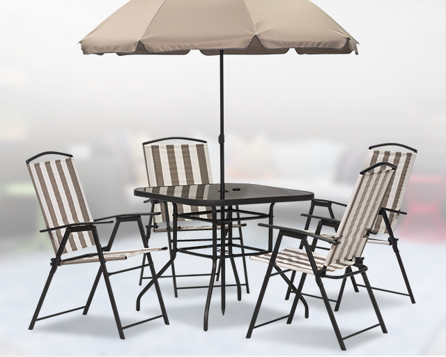 Patio Dining Set with Umbrella and chairs