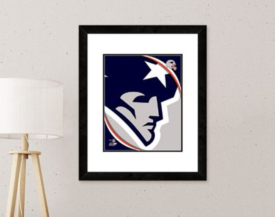 Football Fans: Home Decor. Decorate with team banners, prints, bedding, more. FREE SHIPPING with promo code GTN390.