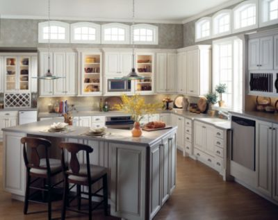 who makes thomasville cabinets | bar cabinet