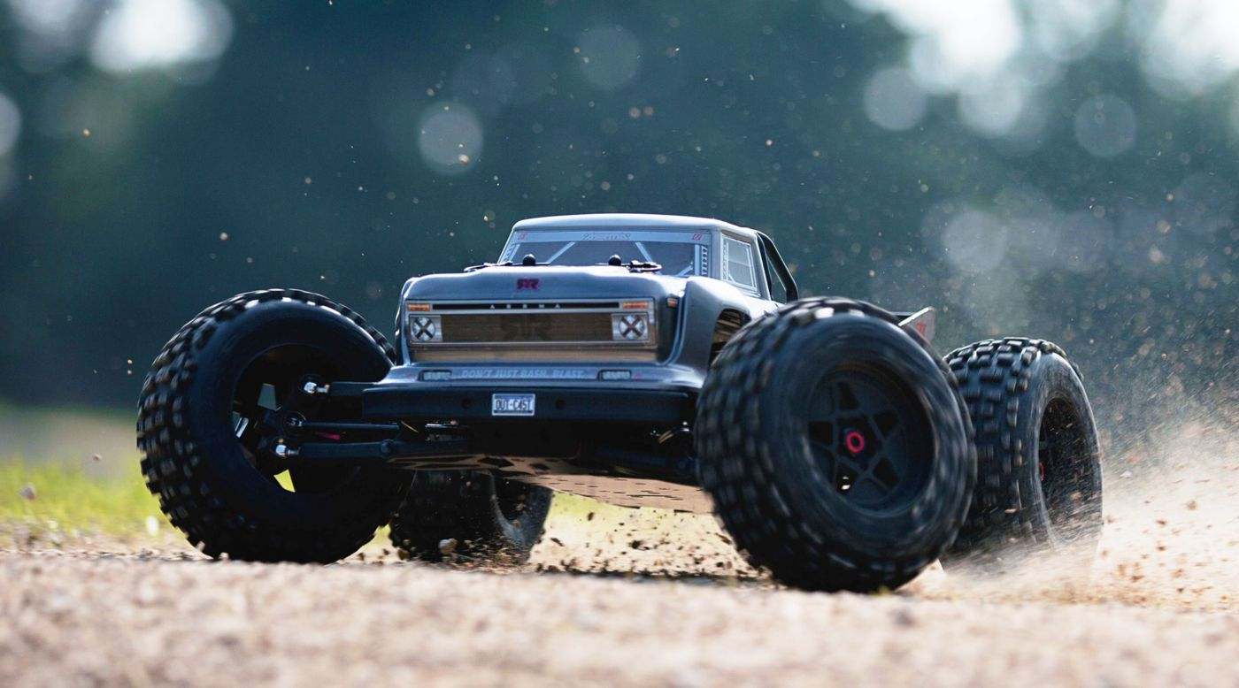 Image for 1/8 OUTCAST 6S BLX 4WD Brushless Truck RTR, Silver from HorizonHobby