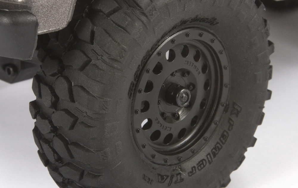 TECHNIQUE MR307 HOLE WHEELS & BFGOODRICH® KRAWLER™ T/A® KX TIRES