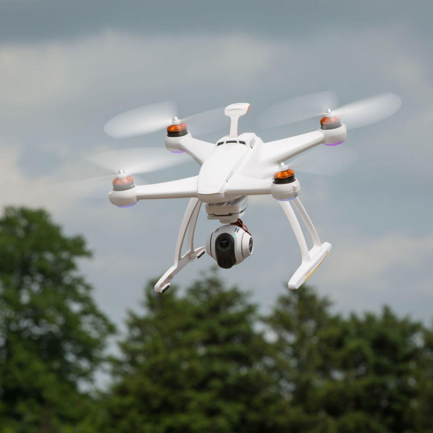 Blade Chroma™ Camera Drone Quadcopter with 4K CGO3 and ST10+ ...