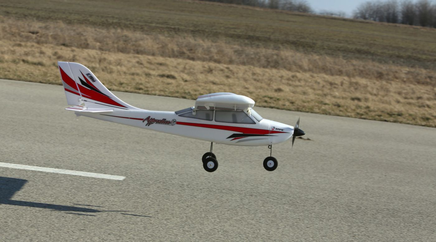 Apprentice S 15e RTF Beginner RC Airplane with SAFE Technology