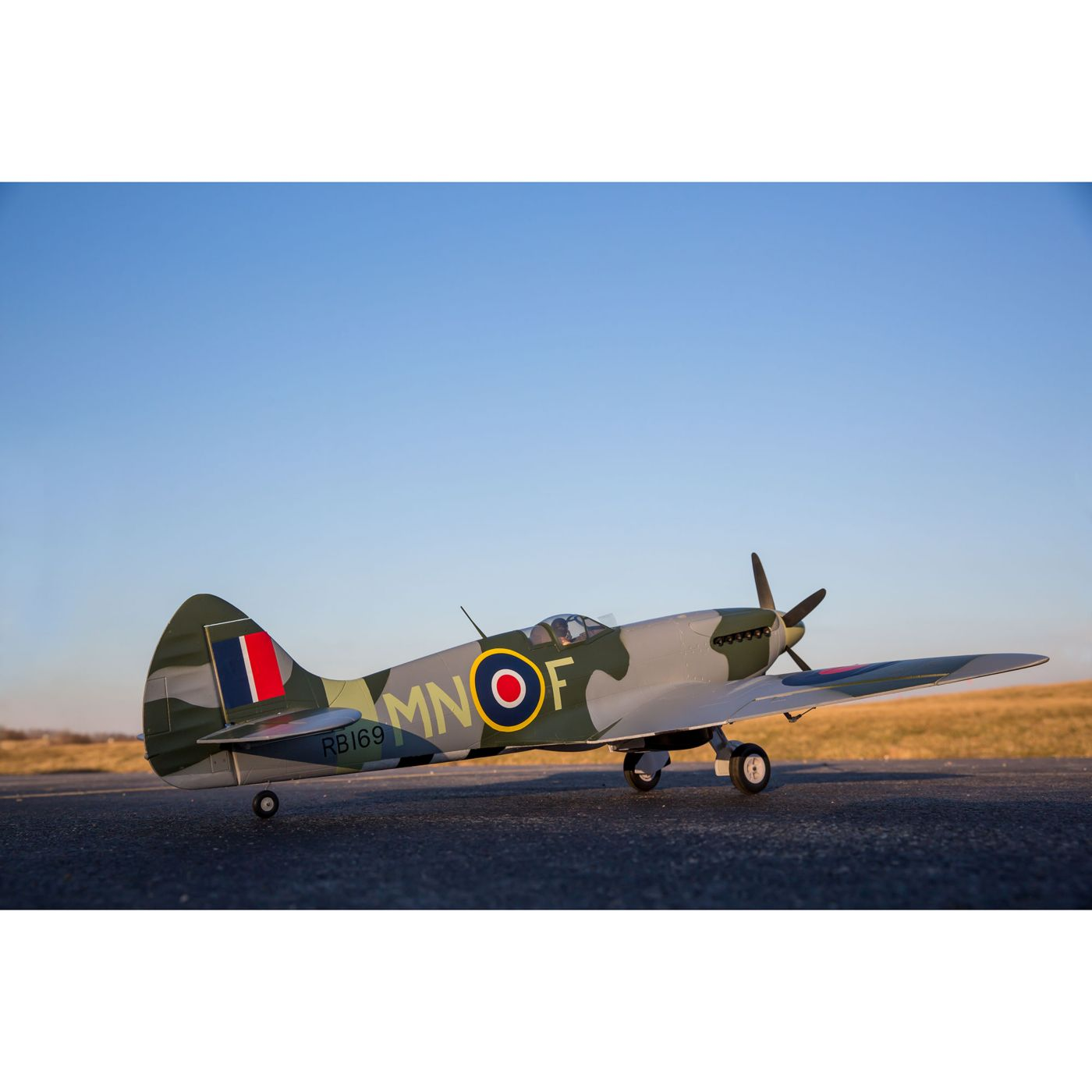E Flite Spitfire Mk Xiv 12m Bnf Basic Scale Rc Warbird Airplane 3 Channel Wiring Diagrams With As3x And Safe Select