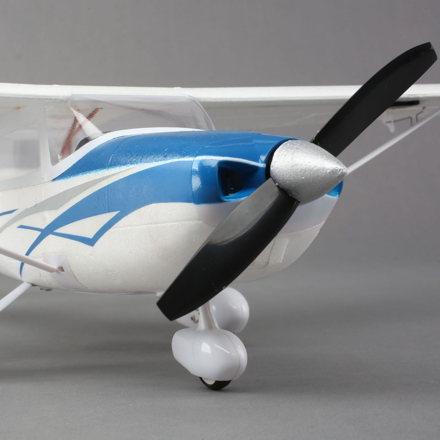 Umx Cessna 182 Bnf Basic With As3x Horizonhobby Parts Aircraft Accessories